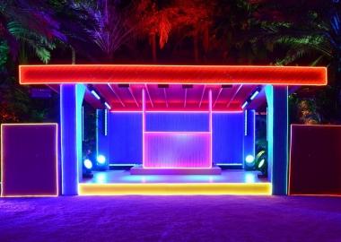 The Prada Double Club Miami - კარსტენ ჰოლერის ინტერაქტიული ინსტალაცია