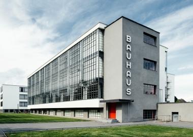 Bauhaus - 100 წლის იუბილე