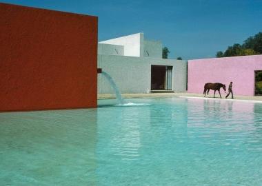 ლუის ბარაგანის ვარდისფერი არქიტექტურა